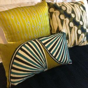 West Elm Pillow Covers w pillow insert
